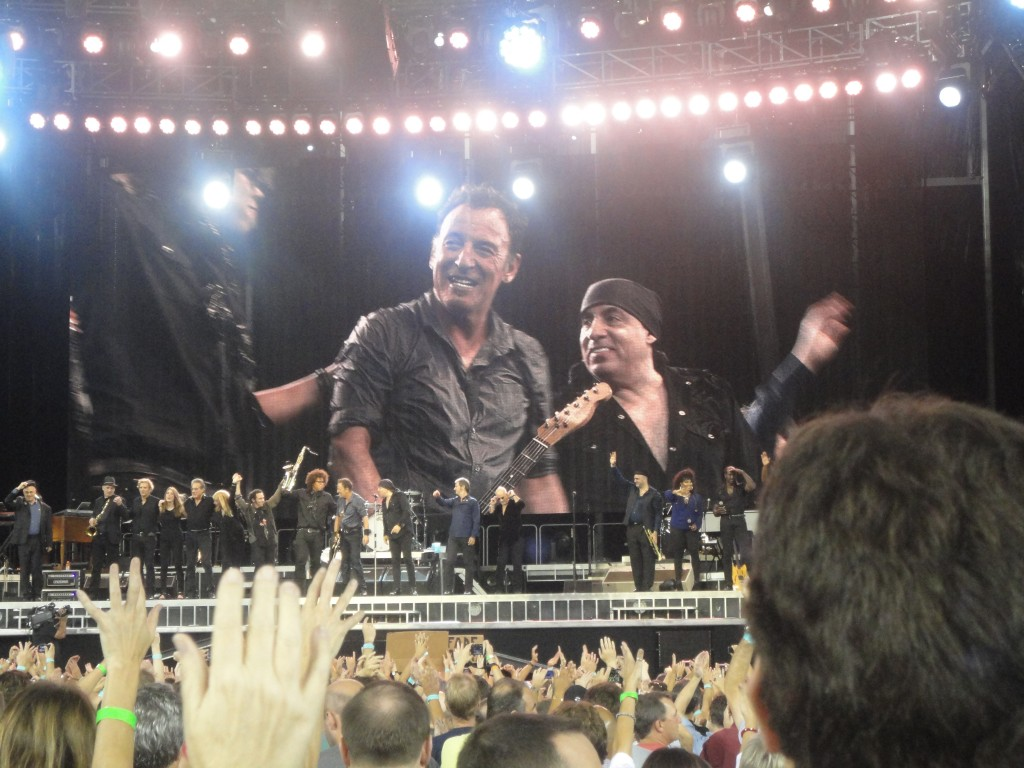 Bruce and The E Street Band (Ken Davis photo)